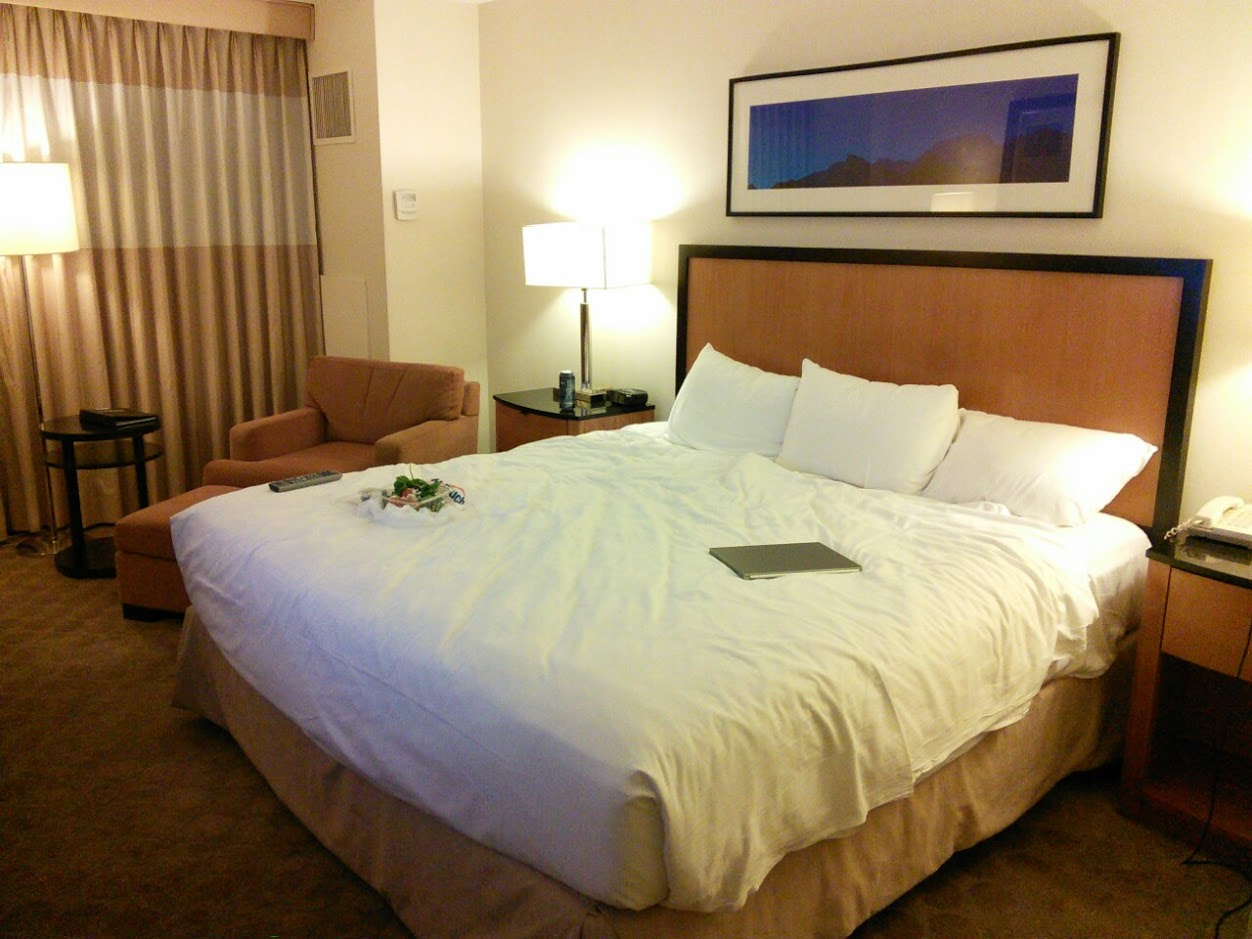 Palace Station Hotel & Casino - Luxury Tower King Room - Las Vegas, NV